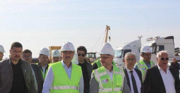 Bakan Dönmez Türk Akım Projesi'nin...